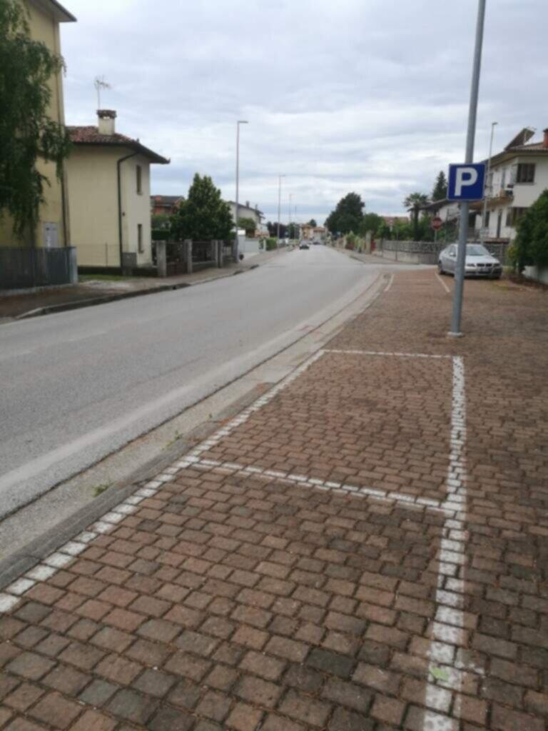 AREA Parcheggi in Via Leonardo da Vinci
